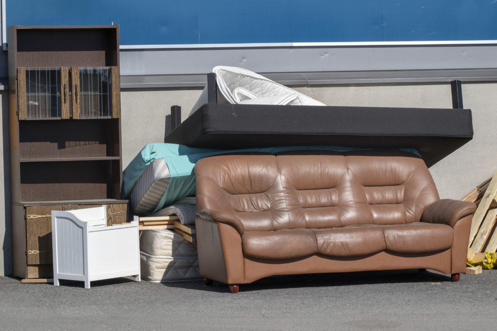 Benefits of Getting Your Old Furniture Removed